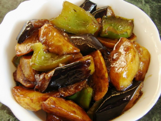 Fried Potato, Green Pepper And Eggplant