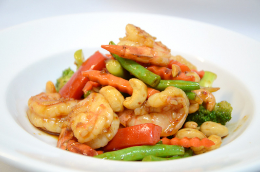83. Fried Shrimps With Cashew Nuts