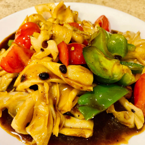 Squid and Green Peppers in Black Bean Sauce