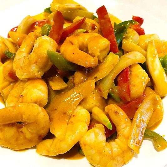 Fried Prawns with Szechuan Sauce (18 pcs)