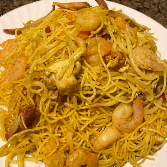 Singapore-Style Vermicelli with Curry