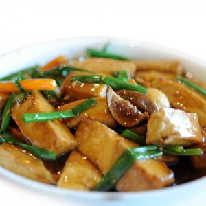 79. Braised Bean Curd with Enoki Mushroom & Broccoli