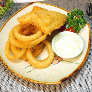 8. Deep Fried Sole Fish Fillet with Onion Rings