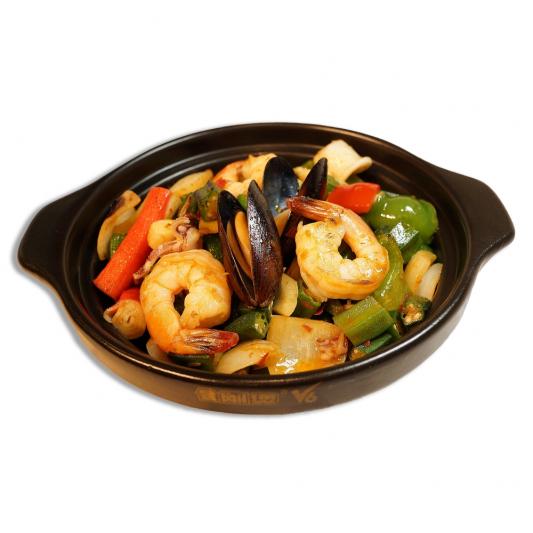 19. Sautéed Seafood & Okra in Hot Pot