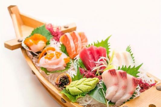 Sashimi Boat (34 pcs)