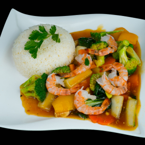 E12- Stir-fried Shrimps & Vegetables with Rice