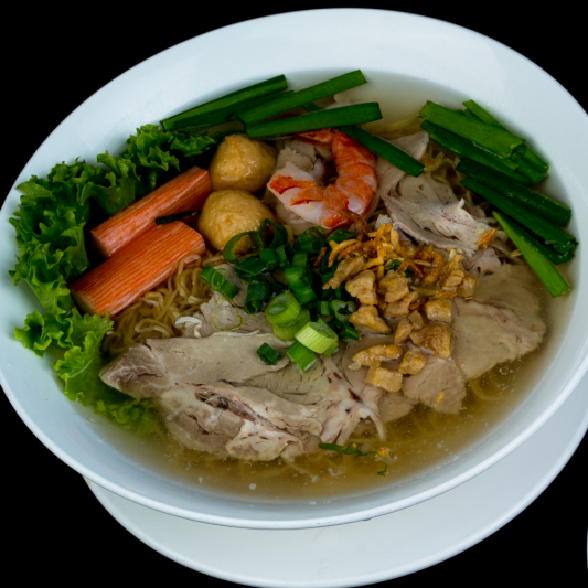 C01- Special Egg Noodle soup with Seafood & Pork