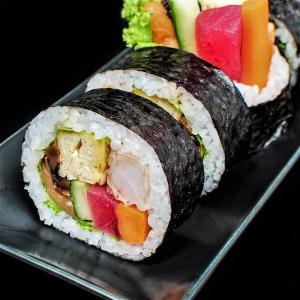 M6 Big Roll Futo Maki