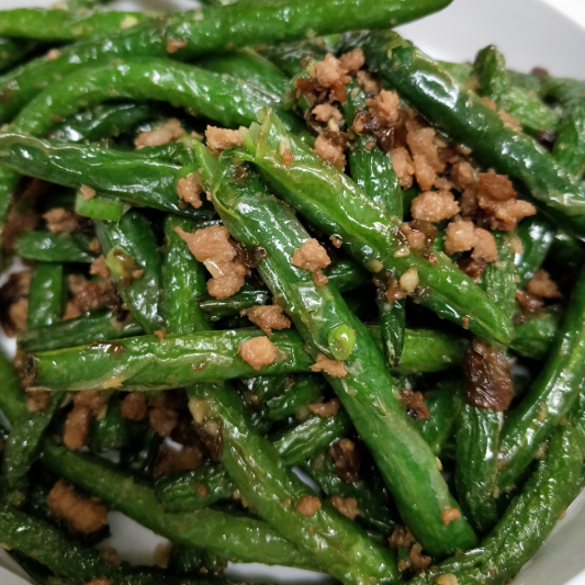 V5. Szechuan Style Fried Green Bean with Minced Pork