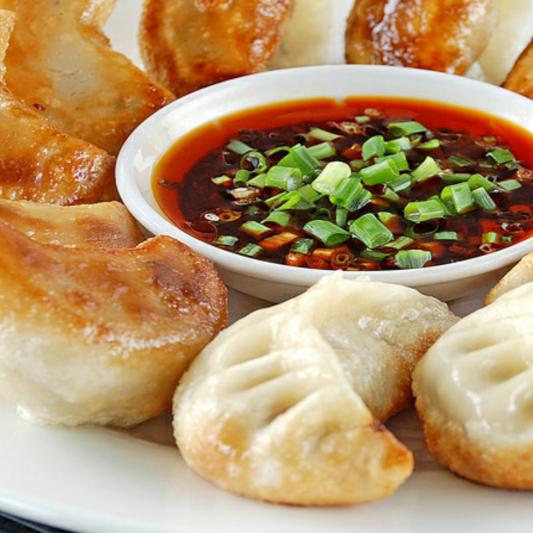 DS1. Pan Fried Pork Dumpling