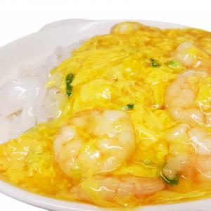 M29. Fried Rice Noodle with Egg & Shrimps