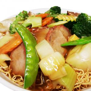 M7 BBQ Pork & Veggies Chow Mein
