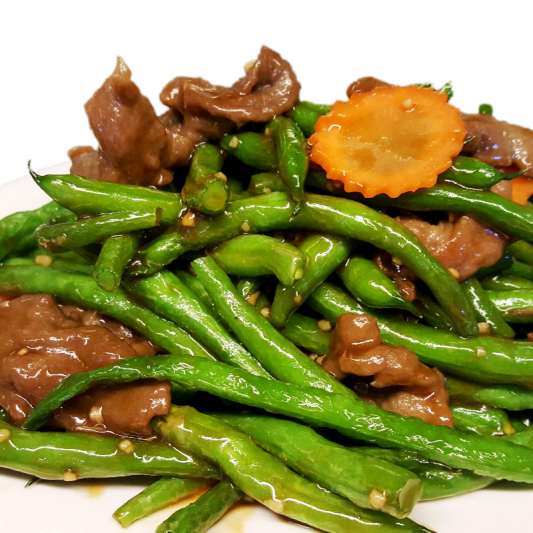 B10. Sliced Beef with Green Beans