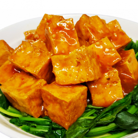 T7 Fried Bean Curd with Chili Garlic Sauce Over Spinach