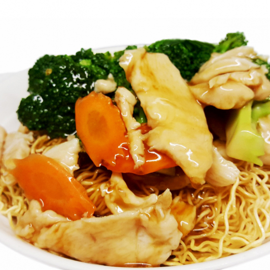 M6 Chicken & Broccoli Chow Mein