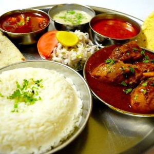 Chicken Curry Thaali