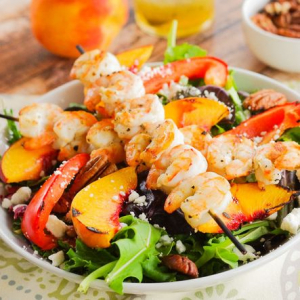 A10. Prawns and Peach with Salad Sauce