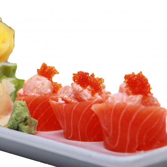Salmon Hana Sushi (5 pcs)