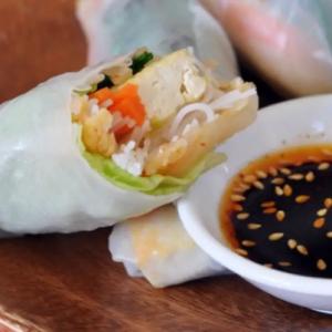3. Tofu and Kimchi Salad Roll (1 roll)