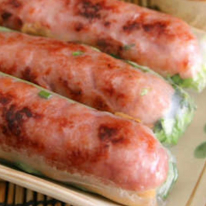 Minced Pork Salad Roll