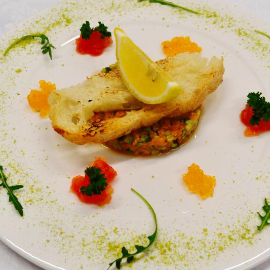 Тартар из красной рыбы