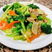 67. Beef & Broccoli
