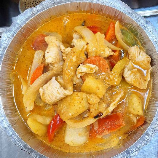 34. Gaeng Mas-Sa-Man (Muslim Curry)