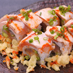 Aburi Spicy Tuna Roll
