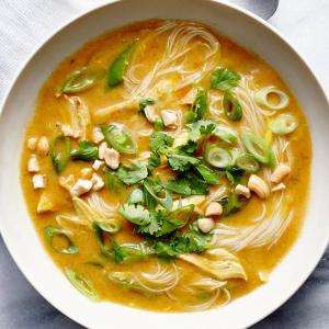 Coconut Curry Noodle Soup Vegan