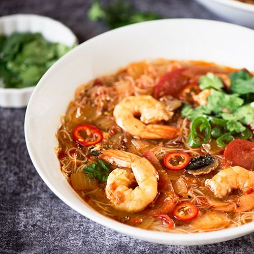 Tom Yum Rice Noodle Soup Vegan