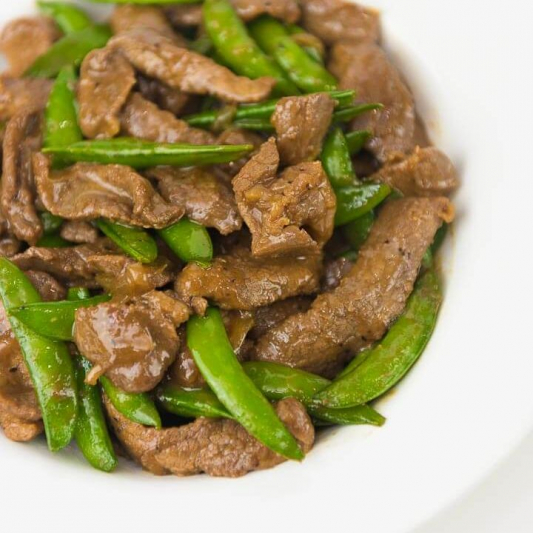 B2. Beef with Snow Peas