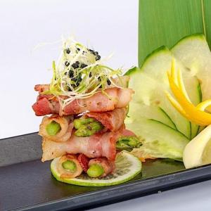 T11. Bacon Wrap with Asparagus (6 pcs)