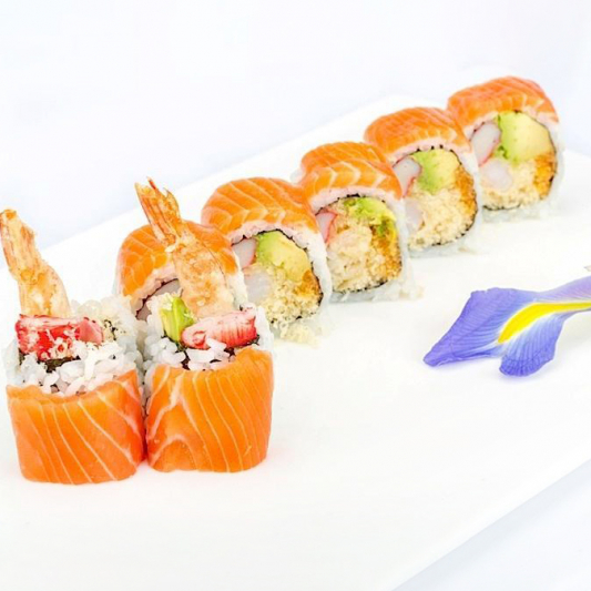 D4. Red Dragon Roll (8 pcs)