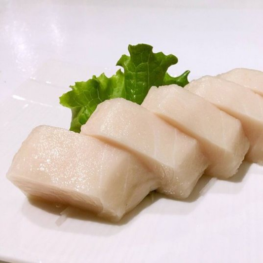 B24. White Tuna Sashimi (3 pcs)