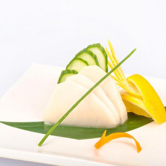 B31. White Tuna Tataki Sashimi (3 pcs)