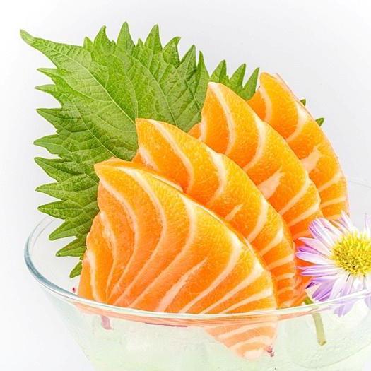 B22. Salmon Sashimi (3 pcs)