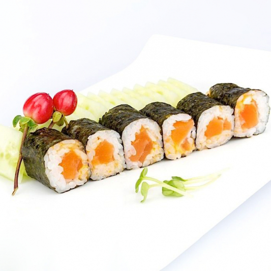 R15. Salmon Roll (6 pcs)