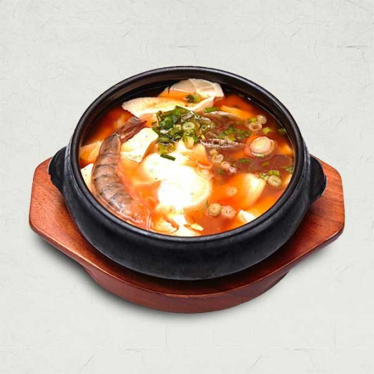 152. Soft Tofu with Seafood, Egg White, and Chicken