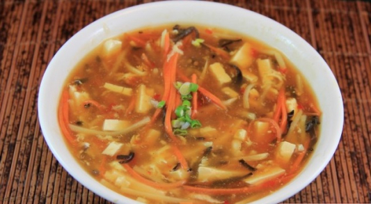 14. 酸辣湯 Hot & Sour Soup