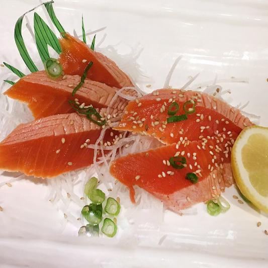 128. Wild Salmon Tataki Sashimi