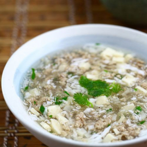 15. Minced Beef with Parsley & Swirled Egg Soup