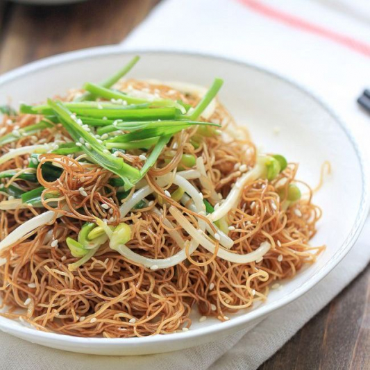 215. Soya Chicken Mixed Noodle