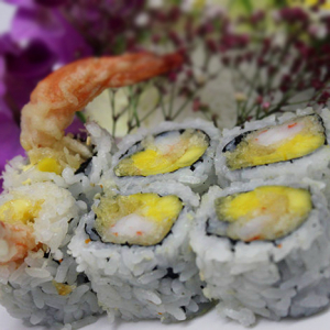 Mango & Prawn Tempura Roll