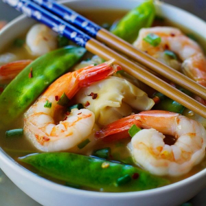 Wor Wonton with Shrimp Soup - Sup Hoanh Than Tom