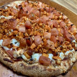 Spicy Chicken Delight Pizza