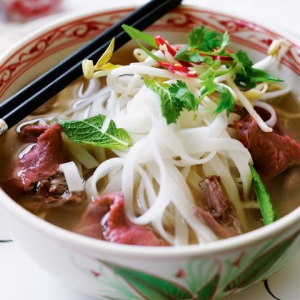 P3. Rare Beef and Well-Done Beef with Rice Noodle Soup