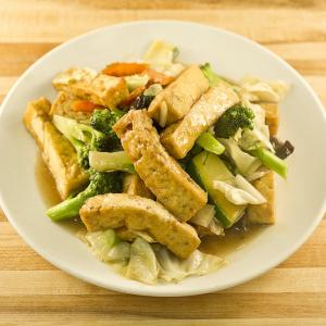 Braised Tofu with Chinese Mushroom & Vegetable