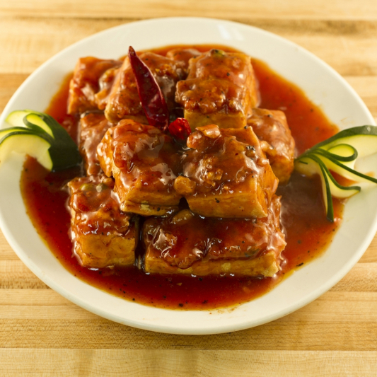 Stuffed Bean Curd with Pork Paste in Hot Garlic Sauce