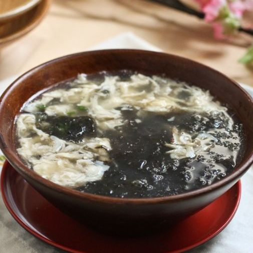 E1. Seaweed with Egg Soup