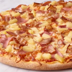 Delux Hawaiian Pizza